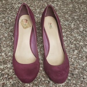 Grape/plum color heel